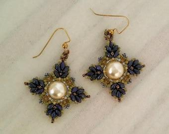 Swavorski Pearl earrings