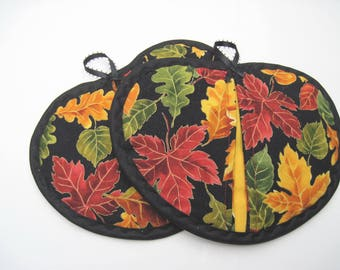 Fall Leaves Potholder set of 2  Bright Colored  leaves hot pad set with  black  trim