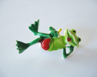 Enamel Frog Pin, Brooch, Crossed Legs, 1970s, Green, Two tone, Red Tongue, Chill, Drinking, Fun