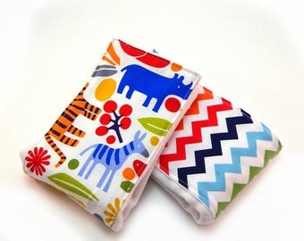 SALE Baby Burp Cloth- Zoo Animal Burp Cloth- set of 2 // Cotton Diaper Burp Cloth // Baby Shower Gift // New Baby Gift