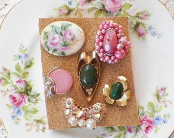 Shabby Cottage Pink Roses / Pink and Green Vintage Jewelry Thumbtacks / Push Pins / Thumb Tacks, Home Office, Chic, Bulletin Board Bling