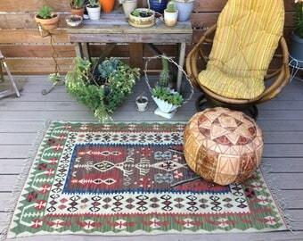 Vintage kilim rug/3.5 ft x 5.5 ft/ Neutral colors/antique fading