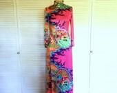 Vintage 60s Psychedelic Hot Pink Long Sleeve Maxi Dress  - Rainbow Fractal Print  - Size Medium / Large