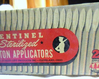 Hinged  Tin Q-Tips Sentinel Brand Old Tins How We Love Them Ships Free
