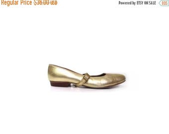 30% OFF Vintage 80s GOLD Distressed Leather Mary Jane Ballet Flats women 6.5 preppy indie hipster low heels