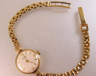 XMAS in JULY SALE Estate 9ct Solid Gold 1966 Vertex Revue Ladies Wrist Watch Mechanical
