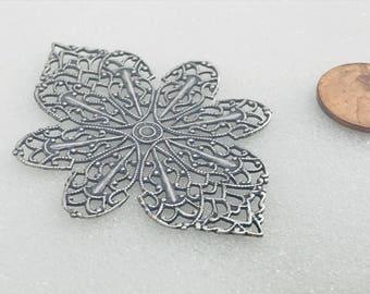 18k Plate Filigree Flower Scroll Design
