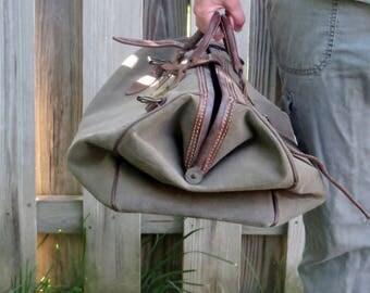 World War II US Army Air Corps Olive Green Bag