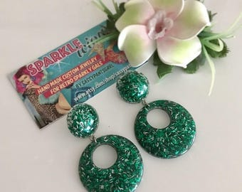 Sparklelicious by Sassy -- Retro Drop Hoop Earrings in Green and Silver Poison Ivy Glitter