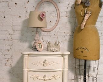 Painted Cottage Shabby Chic Romantic Painted Night Table NT935
