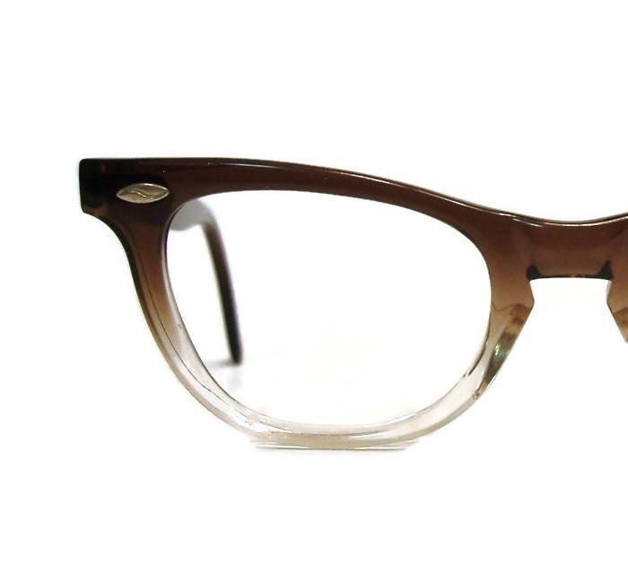 1e20bdaf5d Vintage 50s Brown Fades Horn Rim Cat eye Glasses Eyeglasses Eyewear Frame  AmericanOptical