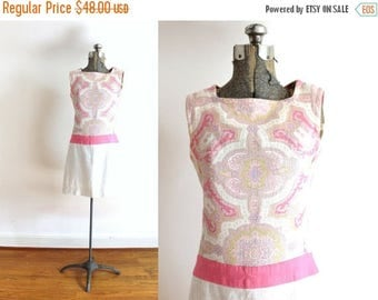 ON SALE 60s Dress / 1960s Mini Dress / 60s Beige and Pink Paisley Mini Dress