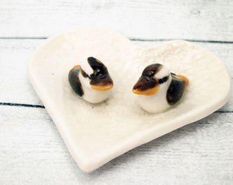 Ceramic heart kookaburra wedding ring holder dish ringbearer pillow themed favours bearer porcelain