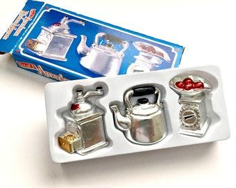 Vintage Kitchen Magnets, Kitchen Magnet Set, Tea Kettle Magnet, American Kitchen Magnet, Country Kitchen Magnets, Kitchen Appliance Magnets