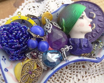 Peacock Purple Blue Vintage Findings from Jewelry, Purple - Iridescent Blue - Blue Beaded Rose Ring - Vintage Woman - D142