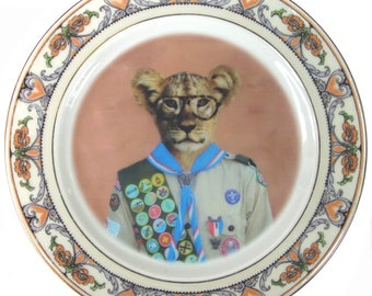 """Scott the Scout Plate 6.25"""""""
