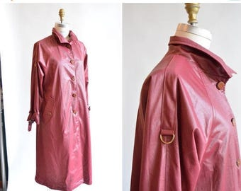25% off Storewide // Vintage 1970s BERRY trench coat