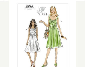 On Sale Sz 4/6/8/10 Vogue Dress Pattern V8380  - Misses' Dress in Two Variations - Very Easy Vogue