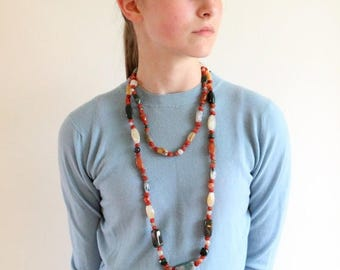 boho necklace - 60s necklace - silk strung carnelian jade agate necklace - 60s polished stone long strand necklace - festival jewelry