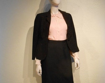 Anniversary Sale 35% Off Ms. Roger's Rendezvous - Vintage 1930s Shell Pink Crepe de Chine Blouse w/Ruffle Collar Cuffs - 6/8