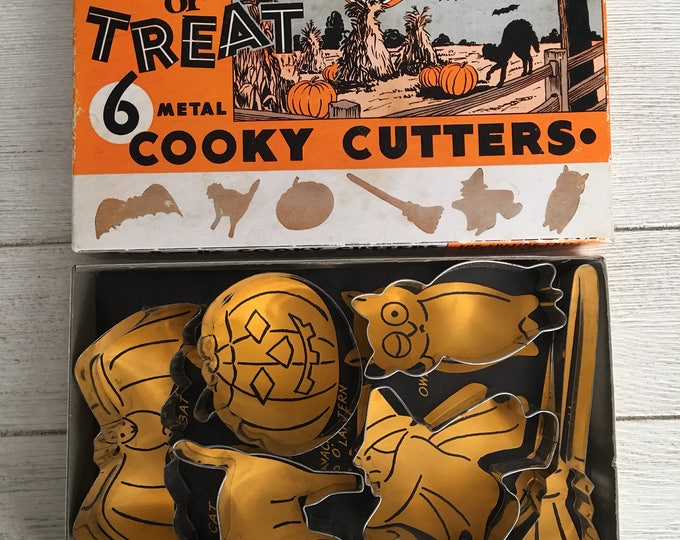 Halloween Cookie Cutters Vintage Bakeware Original Complete Box