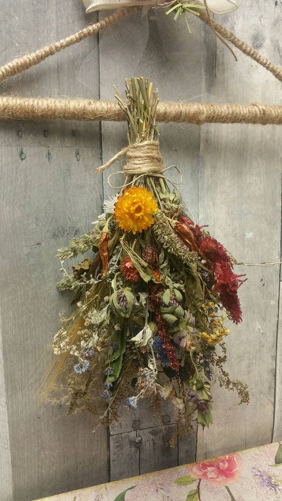 Nature's Bounty Bouquet*Home Decor*Herbal Dried Floral Ornament-Autumn Vintage Farmhouse Decoration*Single with Herb Drying Hanging rack