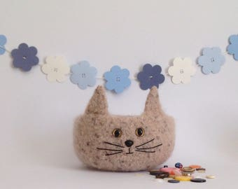 FELTED 'Fusspot' bowl .  ' Misfit'  Feline . Cat, kitty . Home decor.  UK seller ...ready to ship...