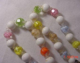 Vintage Glass & White Plastic Bead Necklace  18 - 262