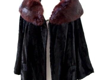 Vintage 50s 60s Black Velvet Evening Coat with Large Fur Portrait Collar - 1950s 1960s Black Velvet Coat - Rockabilly Coat - Small to Medium