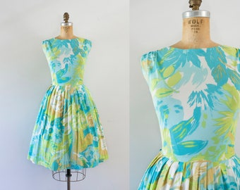 1960s Bermuda Rose tropical nylon dress / 60s garden blues