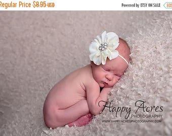 ON SALE IVORY newborn headband, baby headband, newborn photography prop