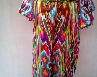 Uzbek vintage silk ikat dress. Traditional dress Kuylak