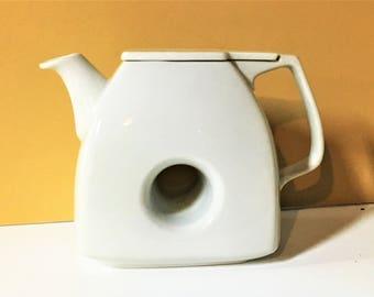 Mid-century Porcelain Teapot with Hole Black Pepper Japan Modern