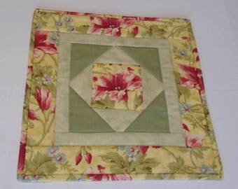 Floral Quilted Table Topper in Gold and Green, Quilted Table Runner Elegant Flowers, End Table Topper, Night Stand Quilt, Square Table Mat