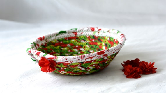 Christmas Decoration, Holiday Candy Dish, Handmade Christmas Basket, Decorative Holiday Basket, Decorative Holiday Bowl