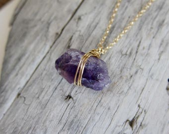 Raw amethyst necklace. Gemstone necklace, gold necklace, natural amethyst chunk.