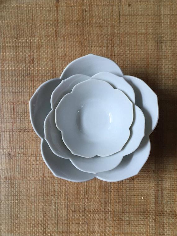 vintage nesting white lotus flower bowls // stacking ceramic bowls // set of 3