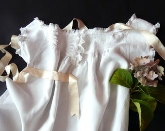 French Handmade Night gown Vintage  Finest Linen with Tucks, Embroidery and Lace
