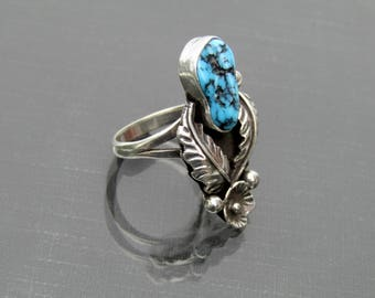 Vintage Turquoise Ring // Sterling Silver Native American Ring // Southwestern Ring // Size 6