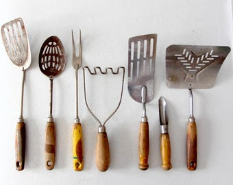 vintage kitchen utensil collection, kitchen accessories decor