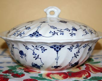 Round Covered Vegetable Dish Finlandia Pattern Made in England by Churchill Blue White Floral