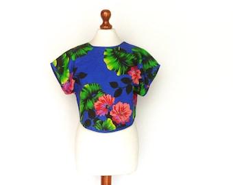 Vintage Summer Crop Top / Sun Beach / Bright Blue Multicolor / Floral / Exotic / Boho / small