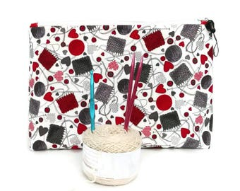 Large Flannel Red & Gray Yarn and Knitting Needles Flat Bottom Wedge Zipper Storage Pouch S333