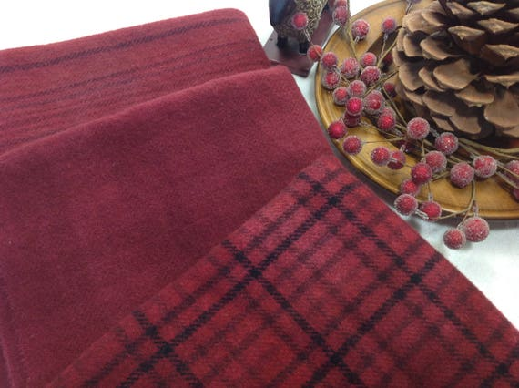 Berry Christmas Reds, Select-a-size, 3) fat 1/4s or 3) fat 1/8ths, Hand Dyed Wool Fabric W399, Raspberry, Burgundy, Holiday Reds