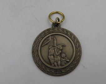 Vintage Silver Tone Basketball Medal For Repurpose  dr12