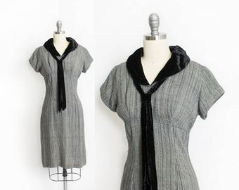 Vintage 1950s Dress - Black & White Velvet Tie Fitted Wiggle Day Dress 50s - Small S