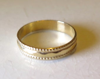 10K Gold Baby Ring Vintage Sz 2.5