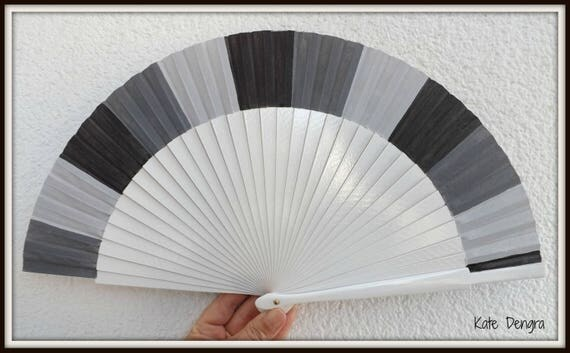 Three Tone Grey Gray 24cm Hand Fan