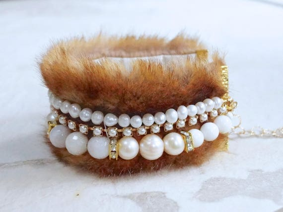 Fur bracelet with gemstones and freshwater pearl - Ivory