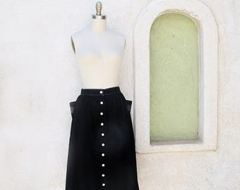 1/2 Off SALE Vintage 50s Black Cotton Gathered Skirt Button Front With Deep Pockets
